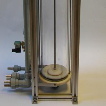 Dávkovač varianta 2 – pohled z boku na dávkovač.
